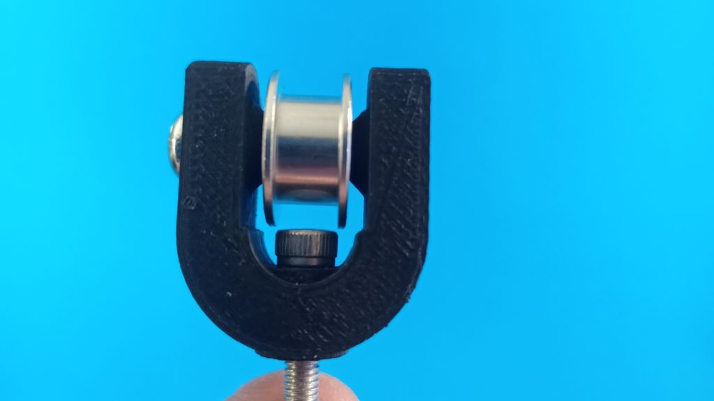 Pulley holder
